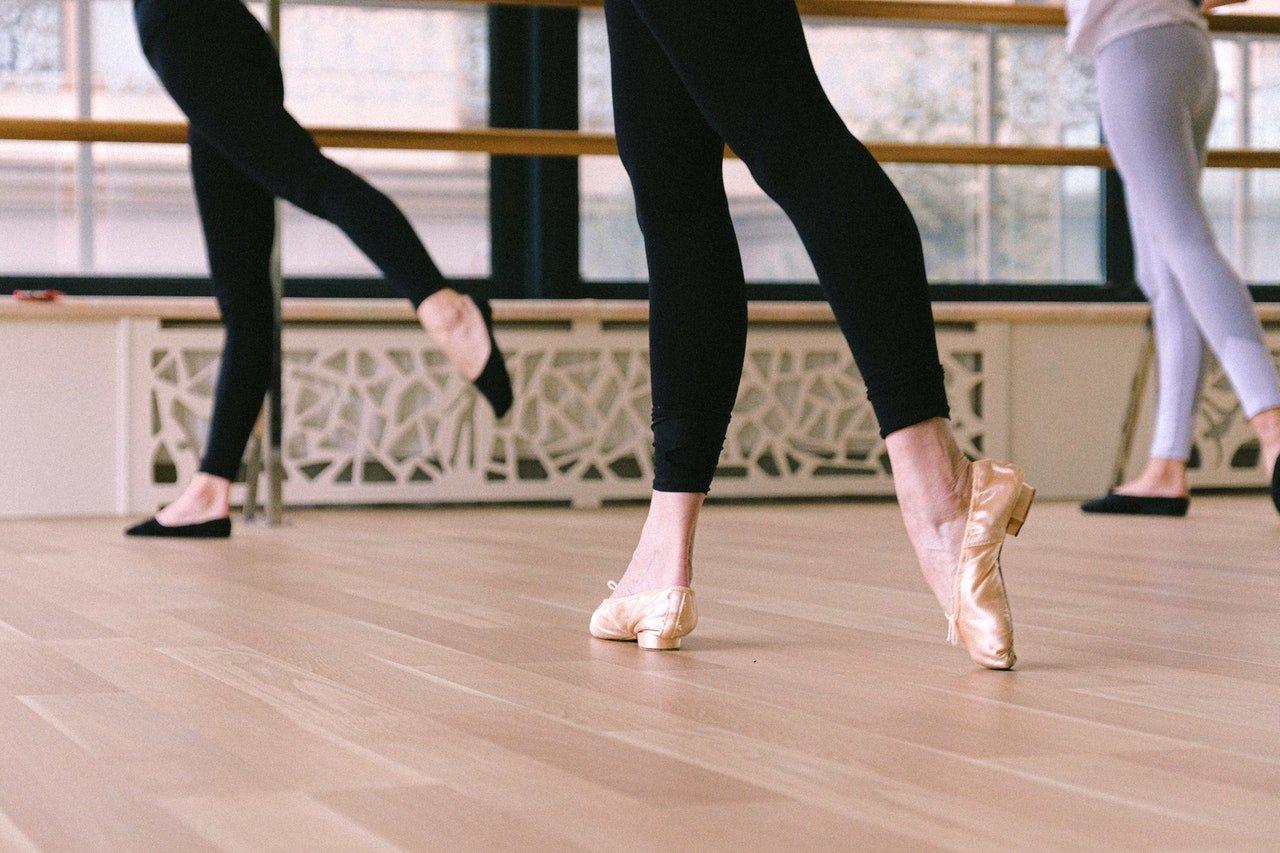 Adult ballet class.